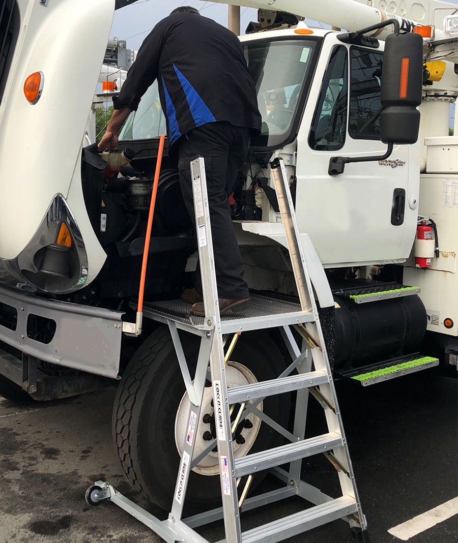 Diesel Trucks Locknclimb Ergonomic Ladders For Mro