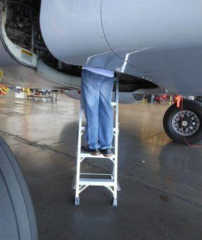5' LNC Lite Aluminum Ladder in wheel well on Boeing 737