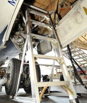 5' LNC Lite Aluminum Ladder in nose wheel on MD882
