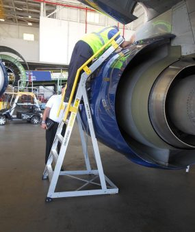 9' Cowl Pylon Ladder on Boeing 737 engine with technician checking surface
