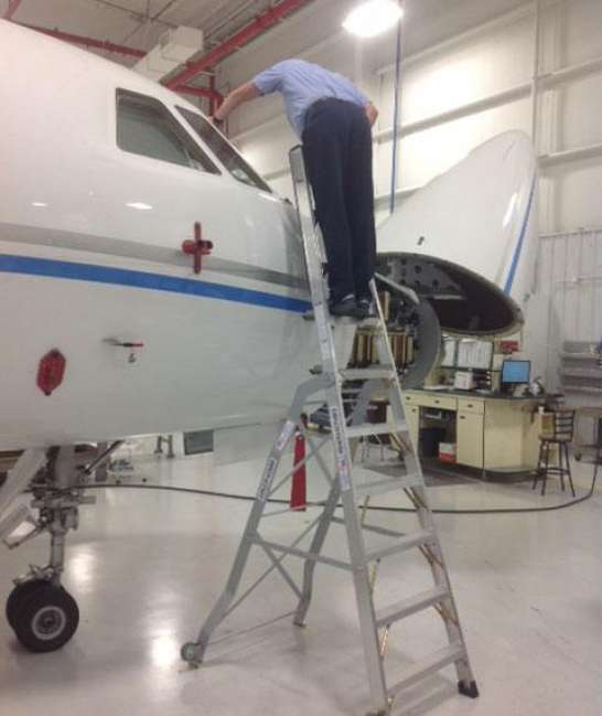 10' LNC Pylon Engine Ladder on nose of Dassault Falcon