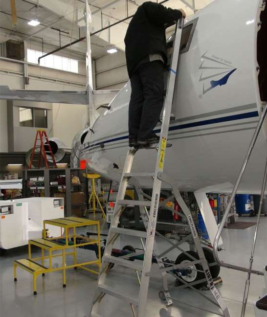 11' LNC Pylon Engine Ladder on Global Express windshield