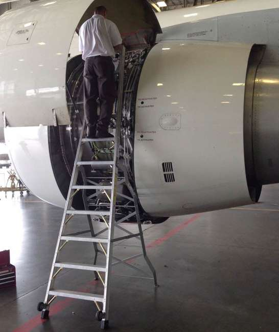 11' LNC Pylon Engine Ladder on Boeing 767 engine