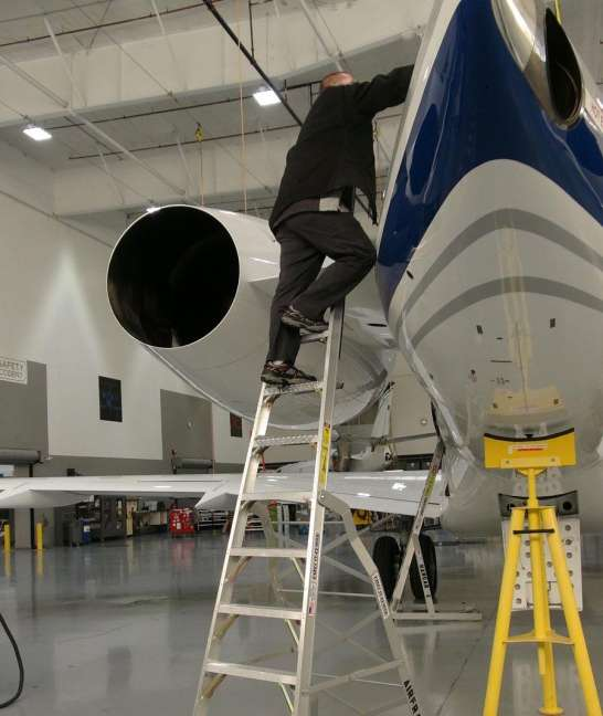 13' LNC Pylon Engine Ladder on Global Express pylon