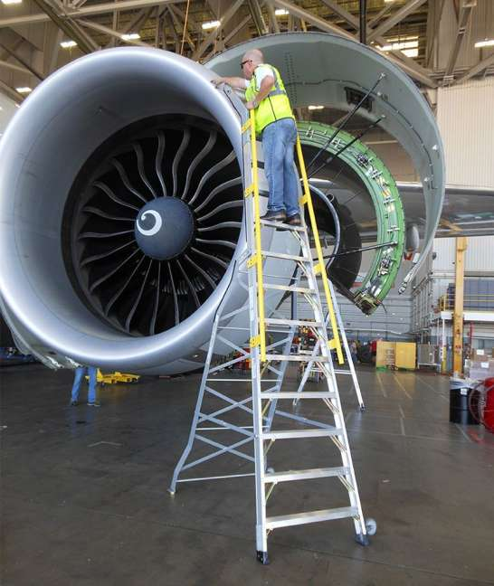 15' Cowl Pylon Ladder on Boeing 777 engine front with technician examining surface