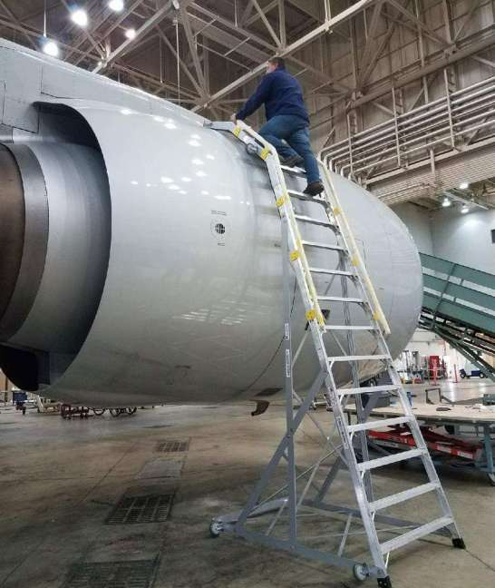 18 Foot Cowl Pylon With Technician Working On Boeing 777 In Hanger