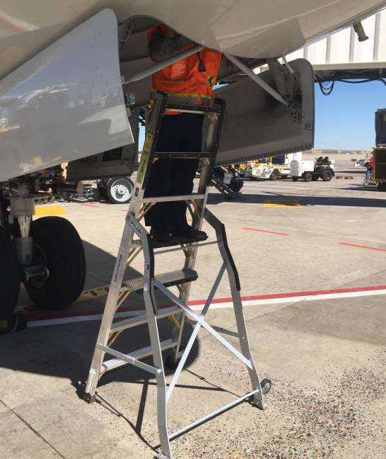 7 Foot Lnc Pylon Ladder With Technician Working In Nose Gear Door Of Boeing 787 On Tarmac2