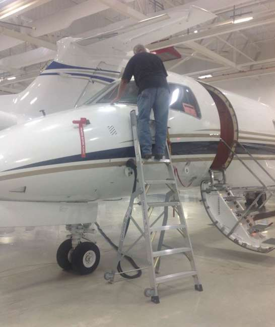 8' LNC Pylon Engine Ladder on Embraer Legacy 450 windshield