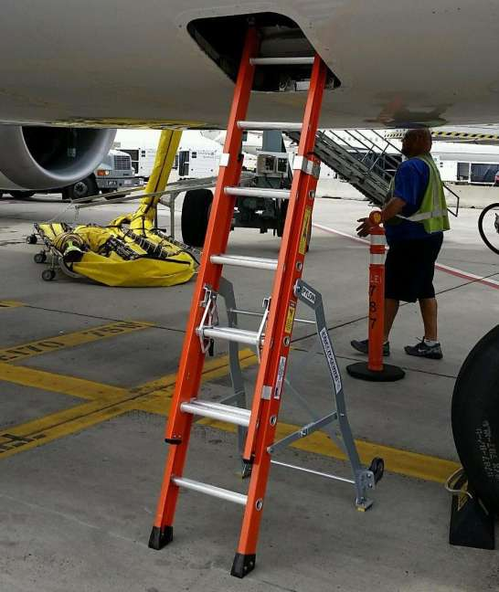 E&E Lite Ergonomic Safety Ladder in Boeing 787