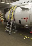 10' Cowl Pylon Ladder with Airbus A320