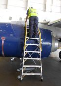 9' Cowl Pylon Ladder on Boeing 737 engine with technician